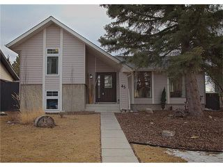 Photo 1: 45 LOCK Crescent: Okotoks House for sale : MLS®# C4105485