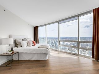 "Photo 15: 4703 938 NELSON Street in Vancouver: Downtown VW Condo for sale in ""One Wall Centre"" (Vancouver West)  : MLS®# R2155390"