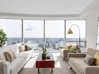 "Photo 4: 4703 938 NELSON Street in Vancouver: Downtown VW Condo for sale in ""One Wall Centre"" (Vancouver West)  : MLS®# R2155390"