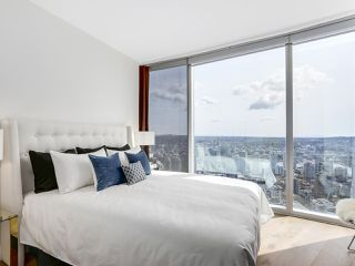 "Photo 19: 4703 938 NELSON Street in Vancouver: Downtown VW Condo for sale in ""One Wall Centre"" (Vancouver West)  : MLS®# R2155390"