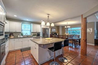 "Photo 5: 1322 OXFORD Street in Coquitlam: Burke Mountain House for sale in ""Burke Mountain"" : MLS®# R2159946"