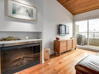 """Photo 5: 2264 ALDER Street in Vancouver: Fairview VW Townhouse for sale in """"Marina Place"""" (Vancouver West)  : MLS®# R2163720"""