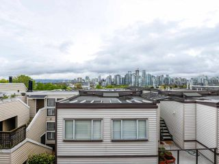 """Photo 14: 2264 ALDER Street in Vancouver: Fairview VW Townhouse for sale in """"Marina Place"""" (Vancouver West)  : MLS®# R2163720"""