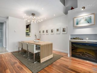 """Photo 6: 2264 ALDER Street in Vancouver: Fairview VW Townhouse for sale in """"Marina Place"""" (Vancouver West)  : MLS®# R2163720"""