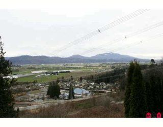 """Photo 9: 36388 SANDRINGHAM Drive in Abbotsford: Abbotsford East House for sale in """"Carrington Estates"""" : MLS®# F2700973"""