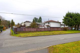 Photo 12: 835 GROVER AVENUE in Coquitlam: Coquitlam West House for sale : MLS®# R2147676