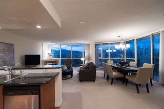 Photo 8: 702 1485 W 6TH AVENUE in Vancouver: False Creek Condo for sale (Vancouver West)  : MLS®# R2158110