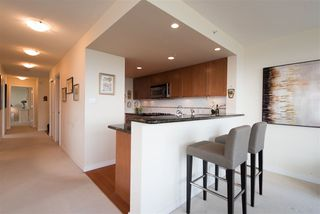 Photo 9: 702 1485 W 6TH AVENUE in Vancouver: False Creek Condo for sale (Vancouver West)  : MLS®# R2158110