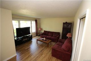 Photo 2: 417 Keenleyside Street in Winnipeg: East Elmwood Residential for sale (3B)  : MLS®# 1722335