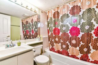 """Photo 15: 47 7875 122 Street in Surrey: West Newton Townhouse for sale in """"The Georgian"""" : MLS®# R2234862"""