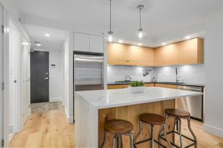 "Photo 8: 701 1055 HOMER Street in Vancouver: Yaletown Condo for sale in ""DOMUS"" (Vancouver West)  : MLS®# R2245913"