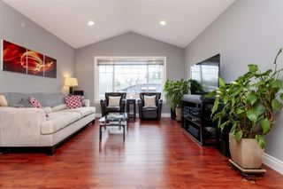 Photo 3: 2402 KITCHENER Avenue in Port Coquitlam: Woodland Acres PQ House for sale : MLS®# R2254792