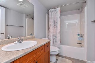 Photo 9: 213 655 Goldstream Avenue in VICTORIA: La Fairway Condo Apartment for sale (Langford)  : MLS®# 390970