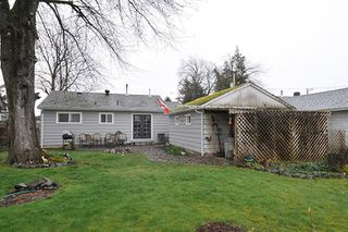 Photo 3: 46053 ROBERTSON Avenue in Chilliwack: Chilliwack E Young-Yale House for sale : MLS®# R2267642