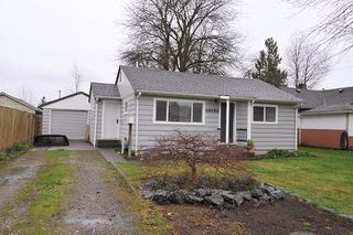 Photo 1: 46053 ROBERTSON Avenue in Chilliwack: Chilliwack E Young-Yale House for sale : MLS®# R2267642