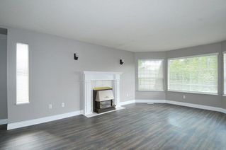 Photo 2: 12336 234 Street in Maple Ridge: East Central House for sale : MLS®# R2272998