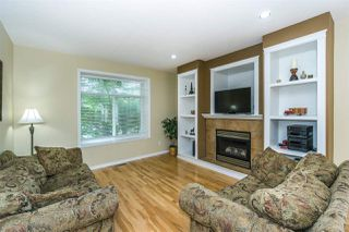 Photo 2: 6624 187A Street in Surrey: Cloverdale BC House for sale (Cloverdale)  : MLS®# R2287987