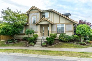 Photo 1: 6624 187A Street in Surrey: Cloverdale BC House for sale (Cloverdale)  : MLS®# R2287987