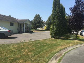 Photo 3: 22086 44A Avenue in Langley: Murrayville House for sale : MLS®# R2293405