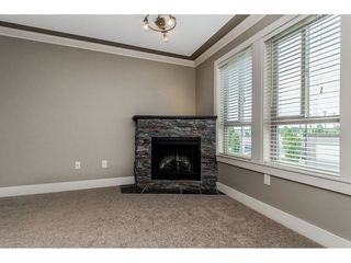 Photo 4: 209 9000 BIRCH Street in Chilliwack: Chilliwack W Young-Well Condo for sale : MLS®# R2293924