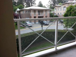 """Photo 3: 212 2558 PARKVIEW Lane in Port Coquitlam: Central Pt Coquitlam Condo for sale in """"THE CRESCENT"""" : MLS®# R2303401"""