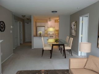 """Photo 4: 212 2558 PARKVIEW Lane in Port Coquitlam: Central Pt Coquitlam Condo for sale in """"THE CRESCENT"""" : MLS®# R2303401"""