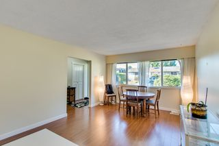 Photo 8: 3320 EDINBURGH Street in Port Coquitlam: Glenwood PQ House 1/2 Duplex for sale : MLS®# R2317364