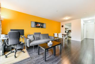 "Photo 2: 308 1519 GRANT Avenue in Port Coquitlam: Glenwood PQ Condo for sale in ""The Beacon"" : MLS®# R2319380"