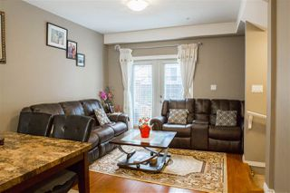 "Photo 2: 22 9277 121 Street in Surrey: Queen Mary Park Surrey Townhouse for sale in ""Maple Meadows"" : MLS®# R2321802"