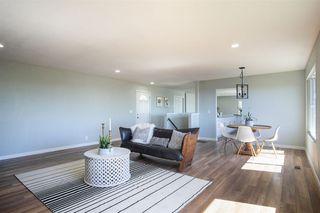 Photo 4: VISTA House for sale : 4 bedrooms : 2268 Esplendido Ave