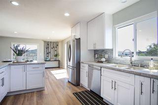 Photo 7: VISTA House for sale : 4 bedrooms : 2268 Esplendido Ave