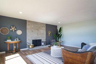 Photo 5: VISTA House for sale : 4 bedrooms : 2268 Esplendido Ave