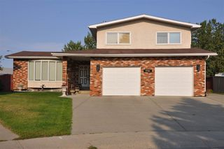 Main Photo: 17304 86 Avenue in Edmonton: Zone 20 House for sale : MLS®# E4138931