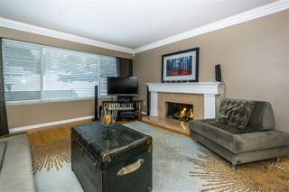 "Photo 3: 1692 THOMAS Avenue in Coquitlam: Central Coquitlam House for sale in ""CENTRAL COQUITLAM"" : MLS®# R2341665"