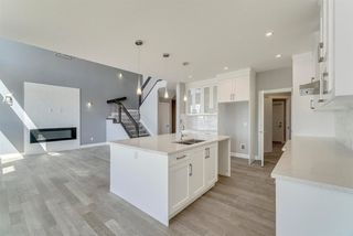 Photo 11: 9107 181 Avenue in Edmonton: Zone 28 House for sale : MLS®# E4146965