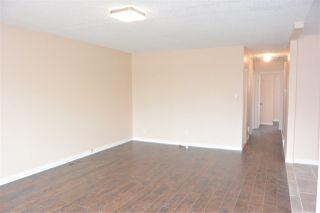 Photo 4:  in Edmonton: Zone 01 House Half Duplex for sale : MLS®# E4151027