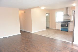 Photo 15:  in Edmonton: Zone 01 House Half Duplex for sale : MLS®# E4151027