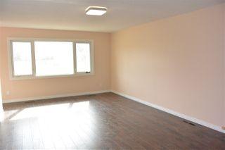 Photo 3:  in Edmonton: Zone 01 House Half Duplex for sale : MLS®# E4151027