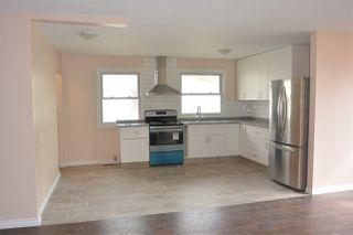 Photo 14:  in Edmonton: Zone 01 House Half Duplex for sale : MLS®# E4151027