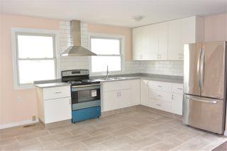 Photo 13:  in Edmonton: Zone 01 House Half Duplex for sale : MLS®# E4151027