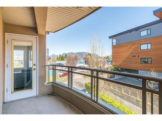 """Photo 18: 308 2285 PITT RIVER Road in Port Coquitlam: Central Pt Coquitlam Condo for sale in """"Shaughnessy Manor"""" : MLS®# R2356679"""