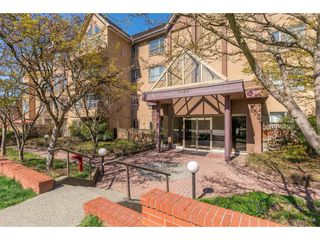 """Main Photo: 308 2285 PITT RIVER Road in Port Coquitlam: Central Pt Coquitlam Condo for sale in """"Shaughnessy Manor"""" : MLS®# R2356679"""