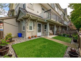"""Photo 20: 35 7155 189 Street in Surrey: Clayton Townhouse for sale in """"Bacara"""" (Cloverdale)  : MLS®# R2361124"""