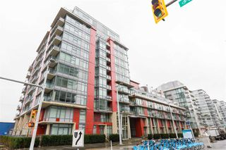 "Main Photo: 808 38 W 1ST Avenue in Vancouver: False Creek Condo for sale in ""The One"" (Vancouver West)  : MLS®# R2361716"