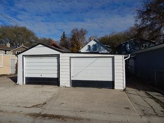 Photo 15: 465 De La Morenie Street in Winnipeg: St Boniface House for sale ()  : MLS®# 1828028