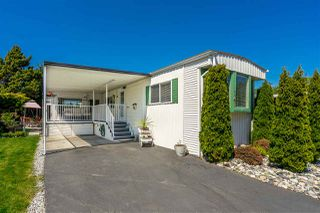 "Main Photo: 141 1840 160 Street in Surrey: King George Corridor Manufactured Home for sale in ""BREAKAWAY BAYS"" (South Surrey White Rock)  : MLS®# R2367996"