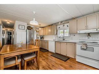 "Photo 5: 141 1840 160 Street in Surrey: King George Corridor Manufactured Home for sale in ""BREAKAWAY BAYS"" (South Surrey White Rock)  : MLS®# R2367996"