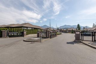 """Photo 3: 126 45900 SOUTH SUMAS Road in Chilliwack: Sardis West Vedder Rd Townhouse for sale in """"The Evergreens at Ensley"""" (Sardis)  : MLS®# R2381812"""