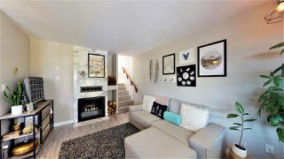 Photo 3: 307 ST. ANDREWS Avenue in North Vancouver: Lower Lonsdale Townhouse for sale : MLS®# R2383124