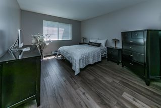 "Photo 5: 203 11601 227 Street in Maple Ridge: East Central Condo for sale in ""CASTLEMOUNT"" : MLS®# R2383867"